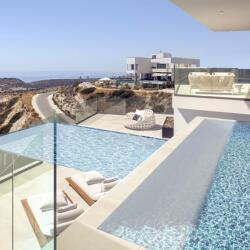Paramount Residence Pool With View By Gdm Architecture